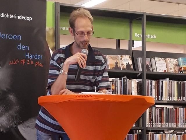 Vrijdag 27 oktober literaire- / poëzieavond