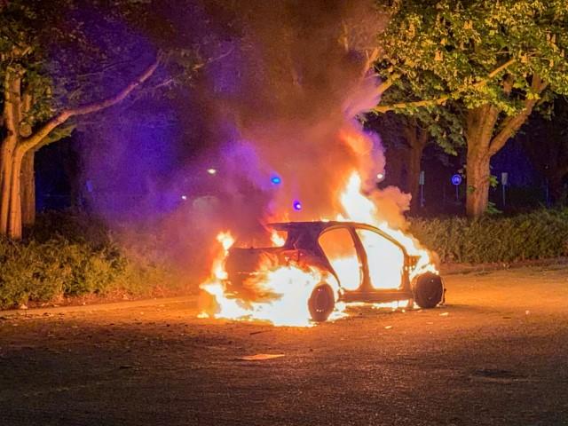 Vlaardingen - Opnieuw auto uitgebrand