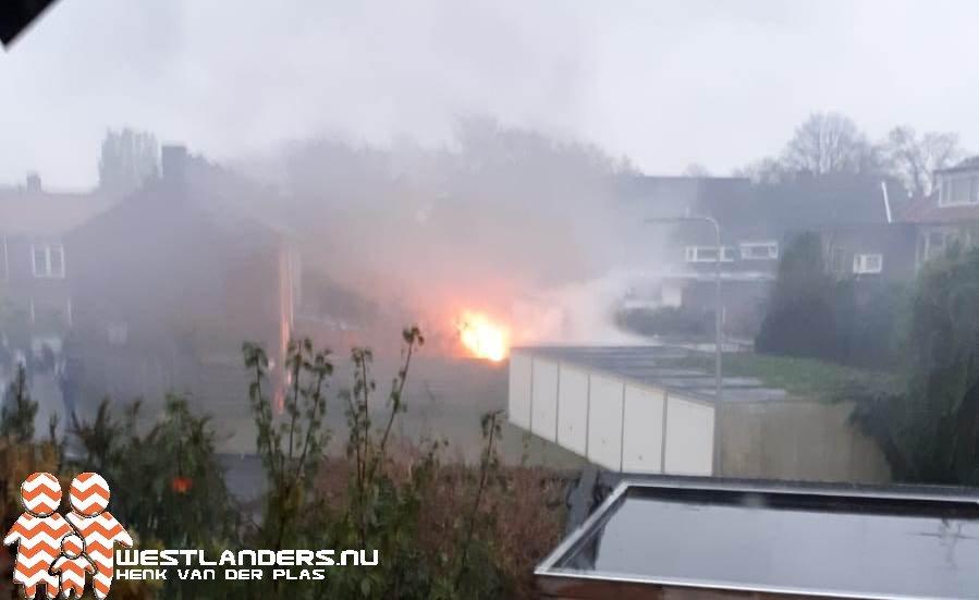 Flinke schuurbrand aan de Gerrit van Heemskerkstraat