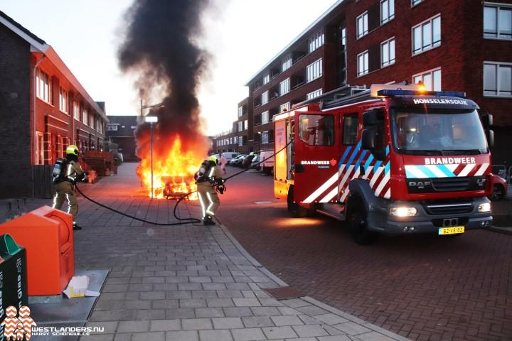 Veel brandschade door autobrand De Dommel