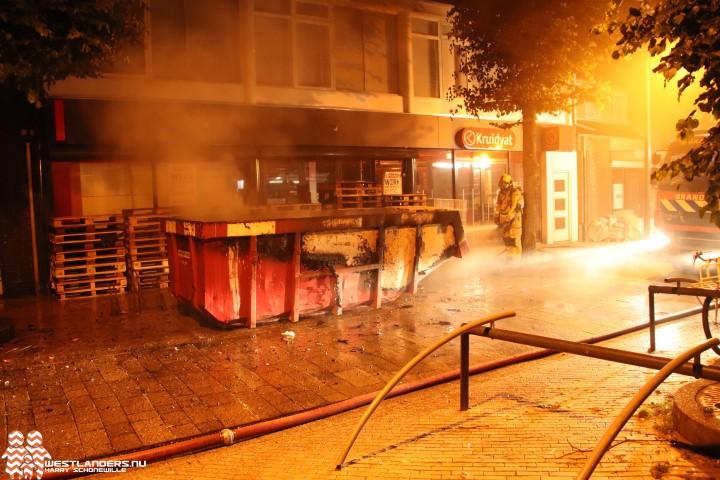 Containerbrand aan de Langestraat