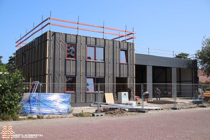 Nieuwe kazerne Naaldwijk in opbouw