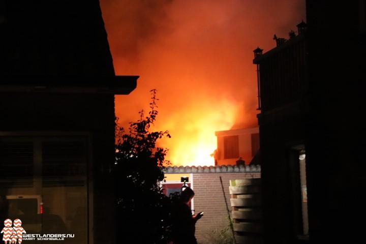 Veel schade door middelbrand aan de Rijnweg