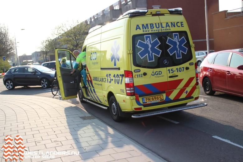 Fietser aangereden bij parkeerplaats ziekenhuis