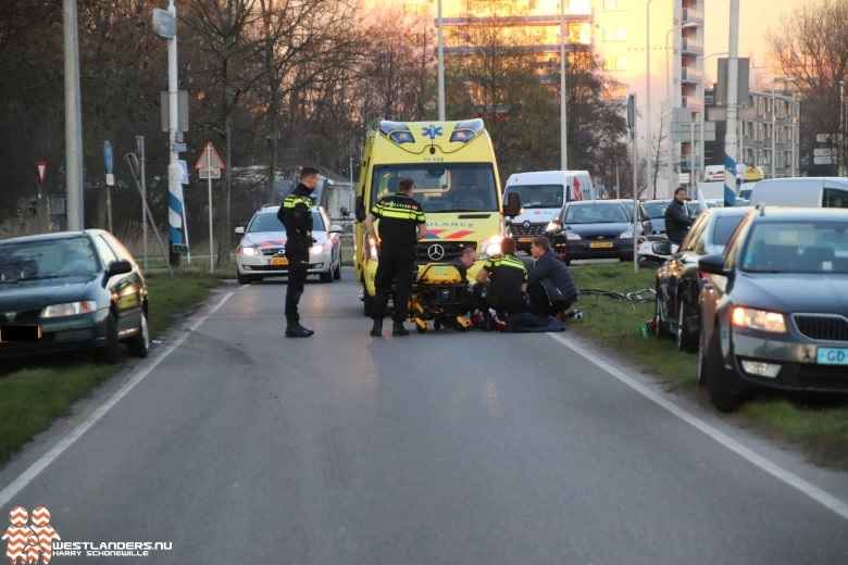 Fietsster gewond na ongeluk Poeldijkseweg