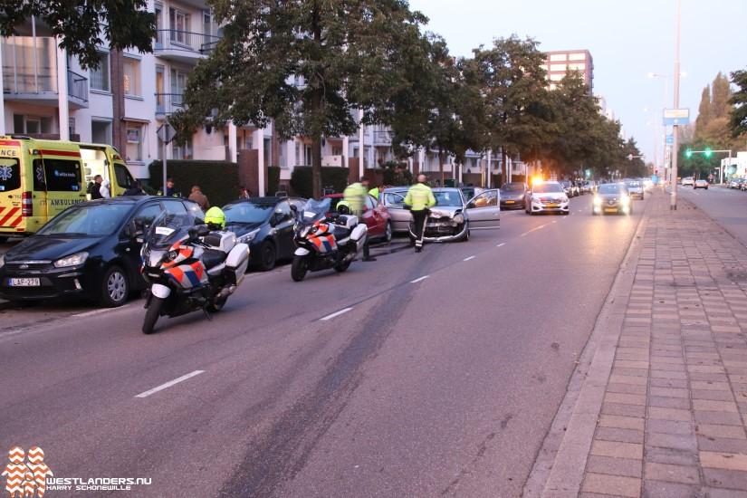 Gewonden en veel schade bij bizar ongeluk Erasmusweg