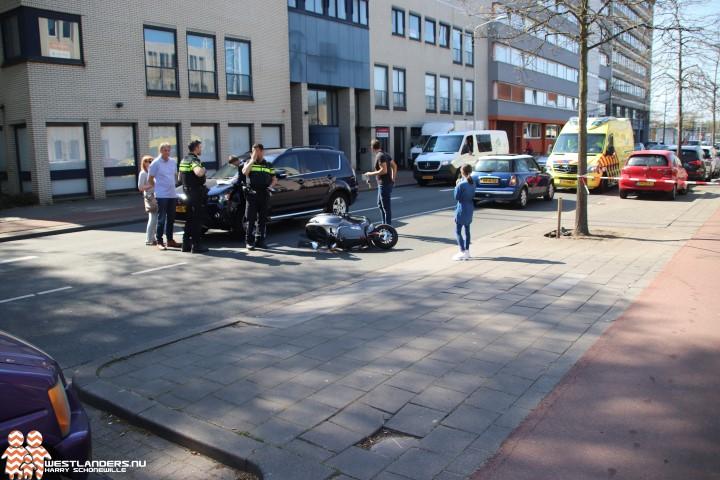 Scooterrijder gewond na ongeluk Zichtenburglaan
