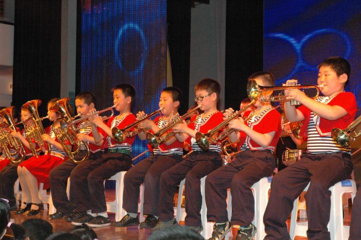 Fusica ontvangt Chinees jeugdorkest