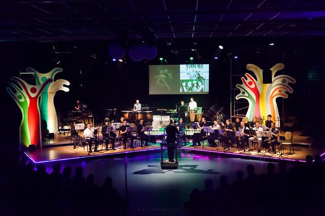 Rotterdam aan Zee trekt volle zaal met 'Let's Dance!'