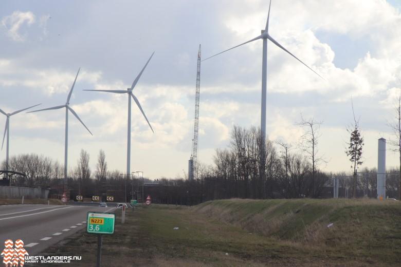 Windmolens Nieuwe Waterweg in gebruik genomen