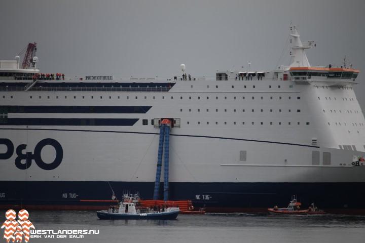 KNRM-reddingboten evacueren 400 passagiers