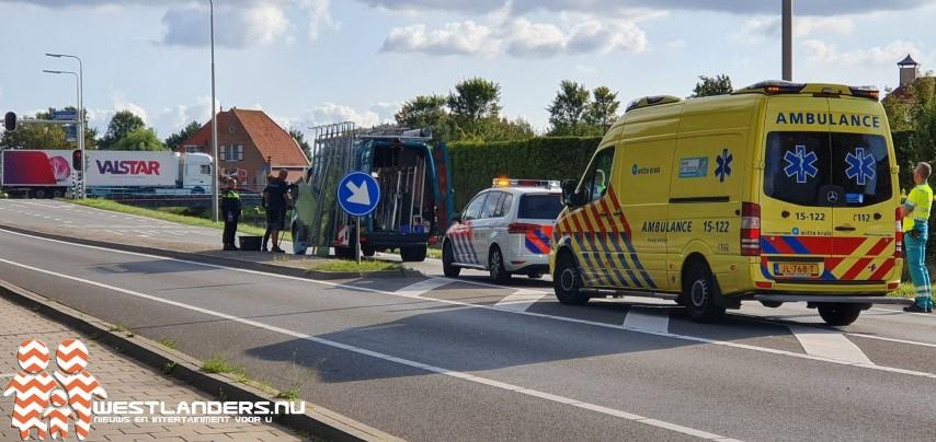 Nieuweweg afgezet vanwege ongeluk met glasplaten