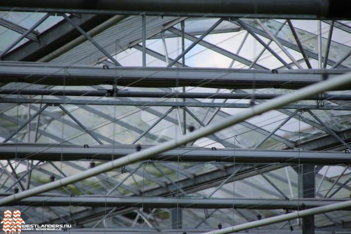 Schade bij tuinbouwbedrijf door windhoos