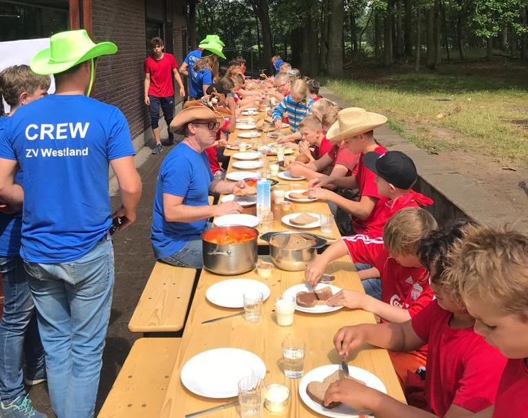 Kamp ZV Westland waterpolo een succes