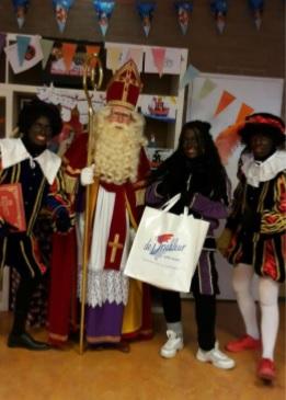 Sinterklaasfeest barst los op de Daltonschool