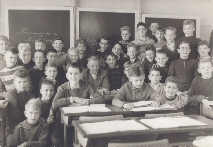 Lachende Heulse schooljongens
