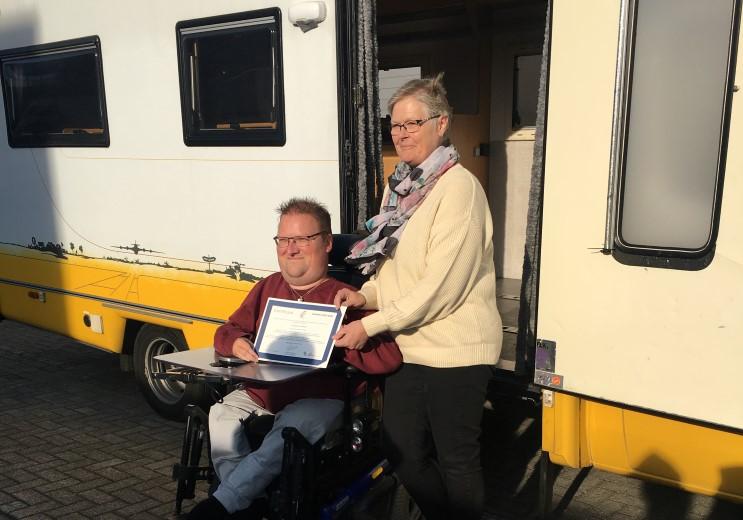 Stichting On Wheels krijgt 600ste CBF erkenning