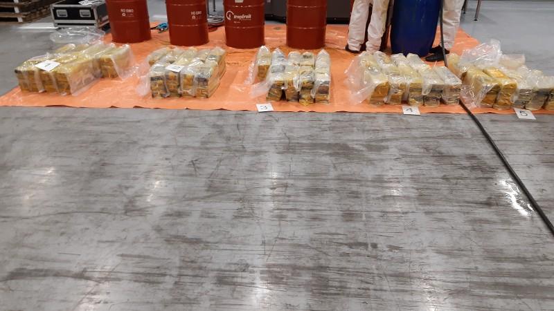 Meerdere cocaïnevangsten bij de Maasvlakte