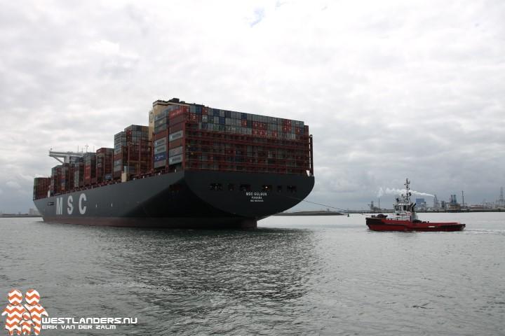 Grootste containerschip ter wereld bij de Maasvlakte