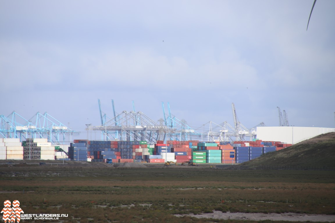 Tijdelijk opslag vuurwerk in de haven vanwege vuurwerkverbod