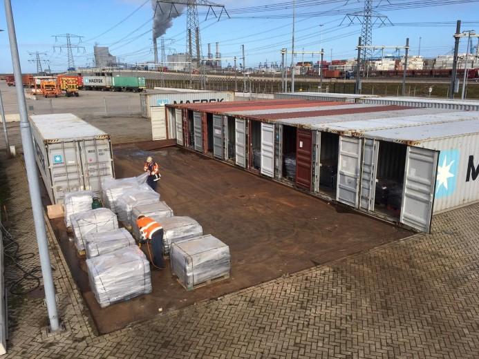 Containers met gevaarlijke stoffen onderschept