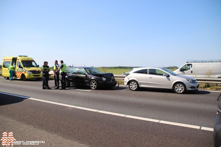 Twee gewonden bij ongeluk A20