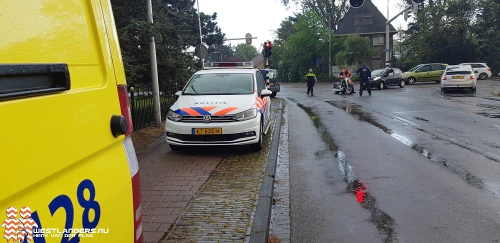 Motorrijder gewond na ongeluk Emmastraat