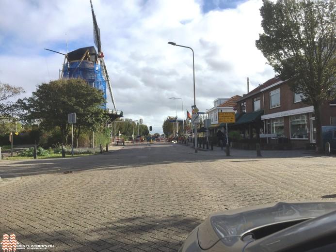 Kruising Molenweg/Haagweg/Molenstraat op de schop
