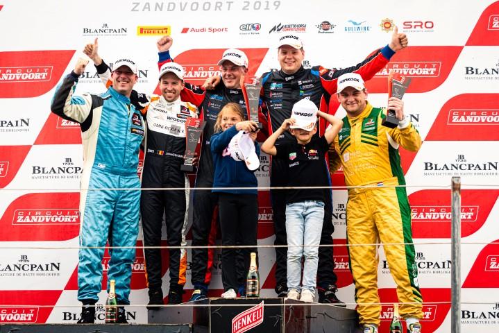 Veels en Van der Ende winnen op circuit van Zandvoort