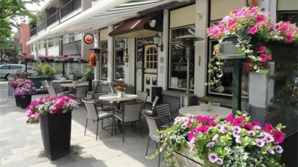 Café de Luifel gaat haar deuren sluiten