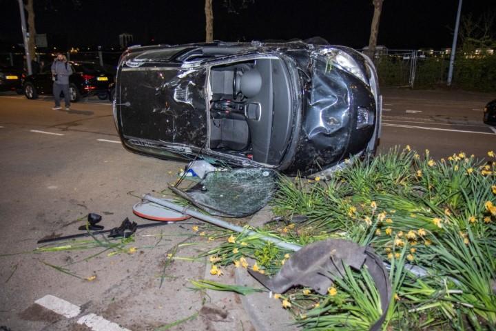 Twee eenzijdige ongelukken in regio Rotterdam