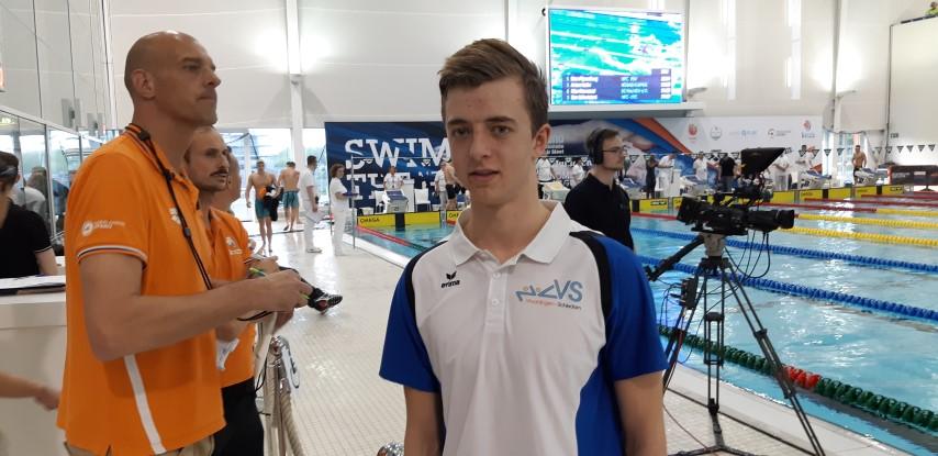 Niels Dijkshoorn (ZVVS) zwemt finales bij SwimCup Den Haag