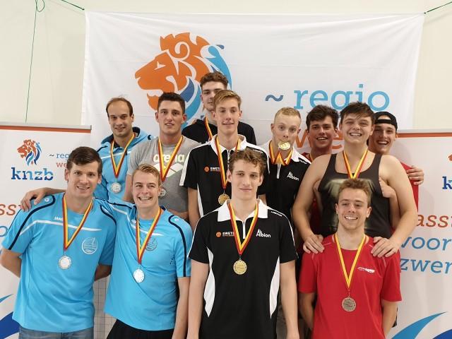 Westland Swimming Stars pakt al het estafette goud