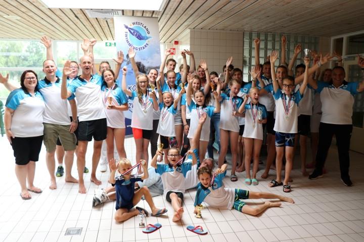 Eerste 'Open Westlandse Jeugd Zwemkampioenschappen' daverend succes