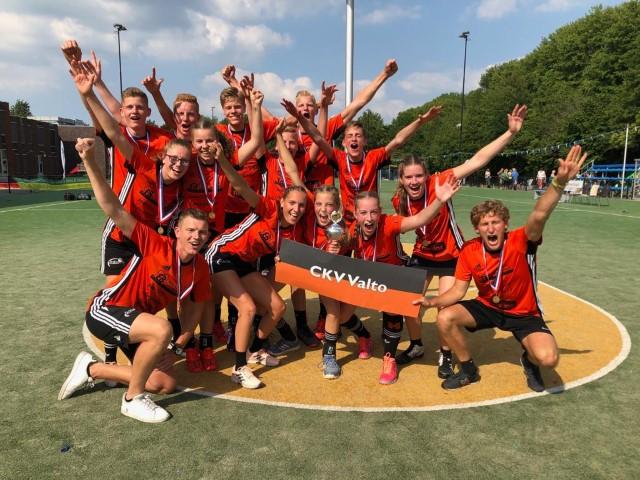 Valto B1 behaalt titel eindtoernooi B-jeugd eerste klasse