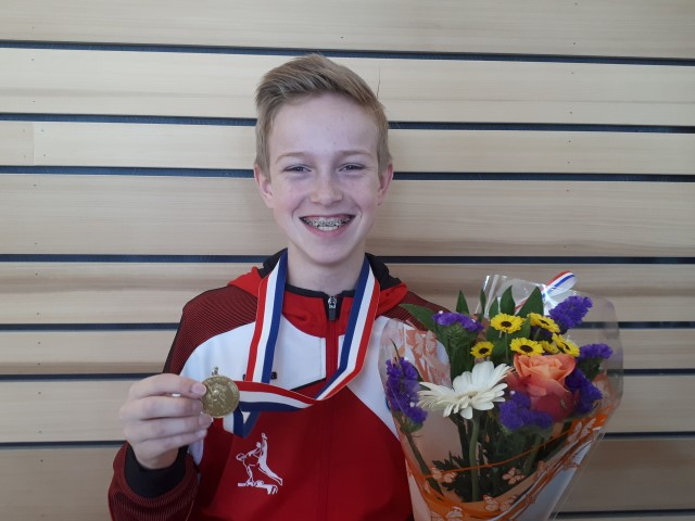 Jesse Olsthoorn 4-voudig Nederlands kampioen turnen