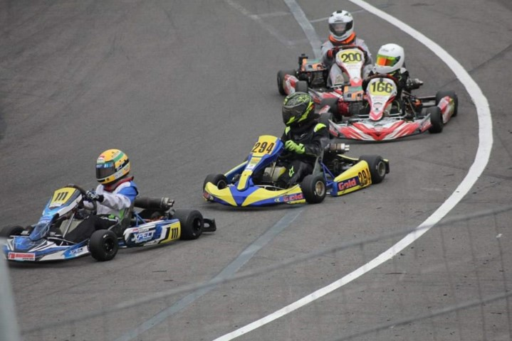 Vierde plaats voor Xander van Dalen in kart kampioenschap