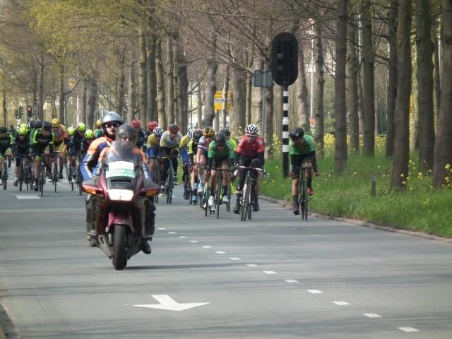Yorick van Velthoven winnaar Omloop de Glazen Stad