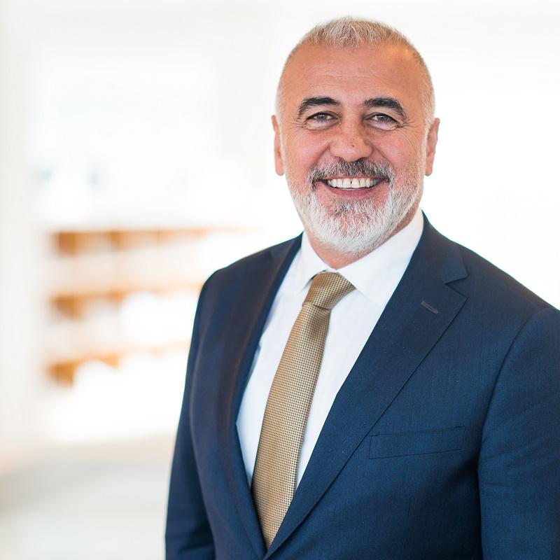 Hamit Karakus wordt regisseur voor Vestia-gemeenten