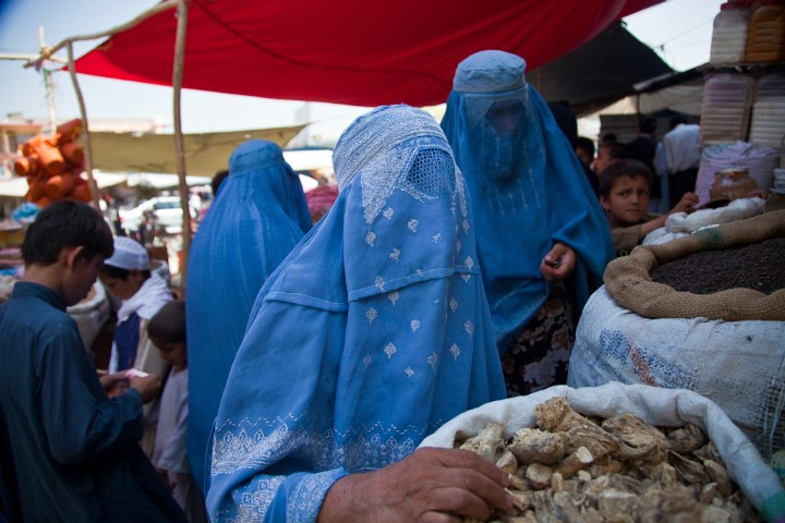 Gemeente Maassluis handhaaft burkaverbod