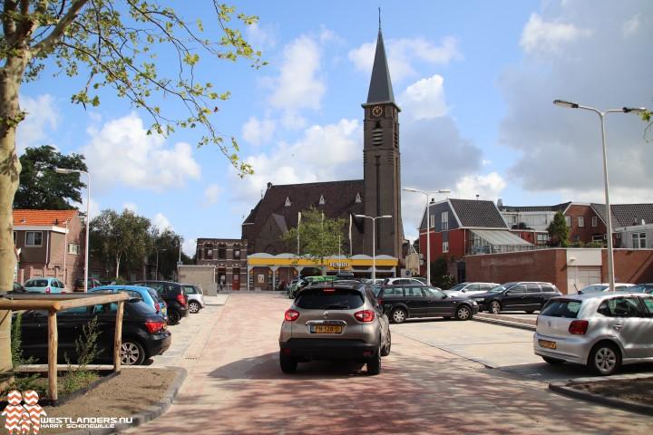 Vernieuwd Emmaplein Naaldwijk weer open