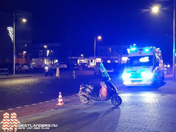 Scooterrijdster gewond na doorrijden automobiliste