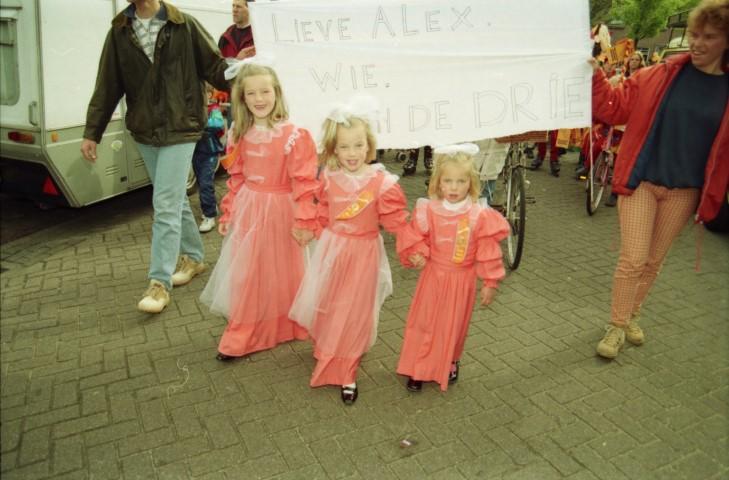 Lieve Alex, wie van de drie?