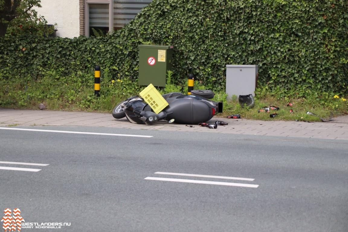 Scooterrijder gewond na aanrijding N211