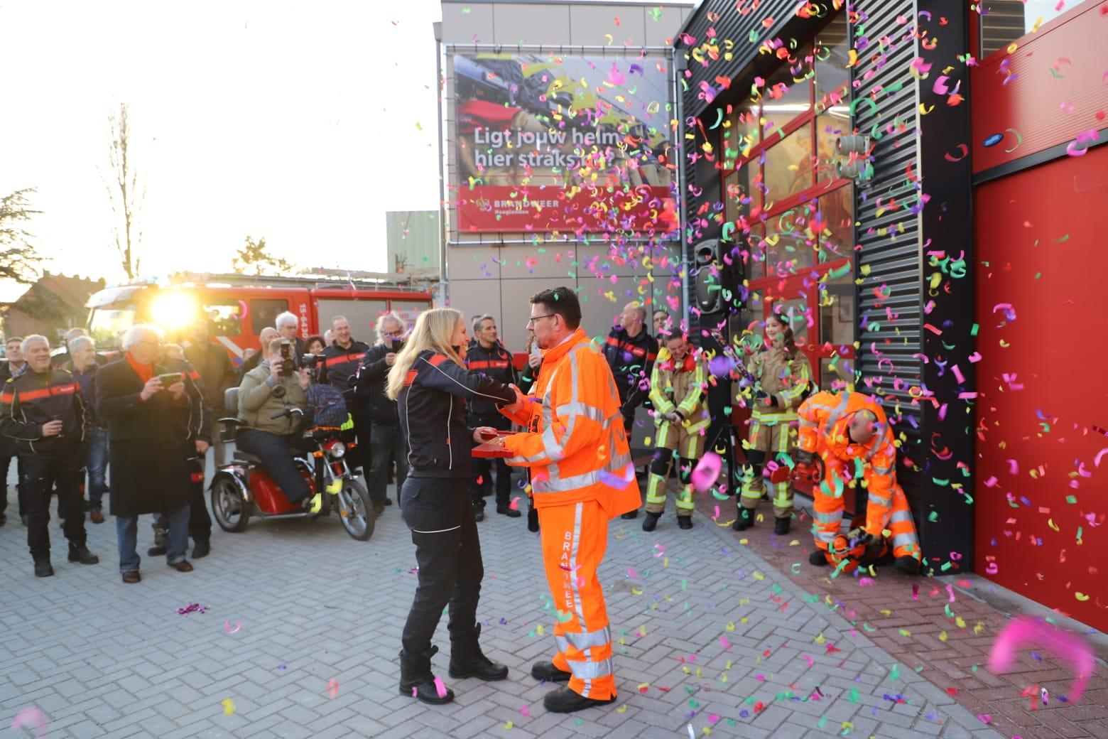 Tijdelijke brandweerkazerne Naaldwijk officiëel geopend