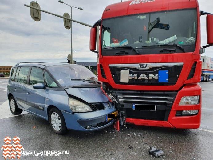 Veel verkeershinder na ongeluk op N223