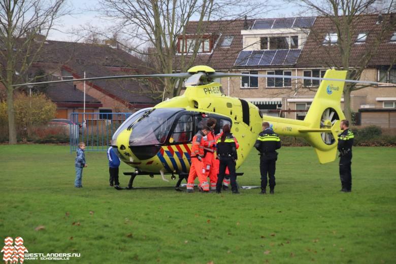 Traumahelikopter naar Reigerlaan De Lier