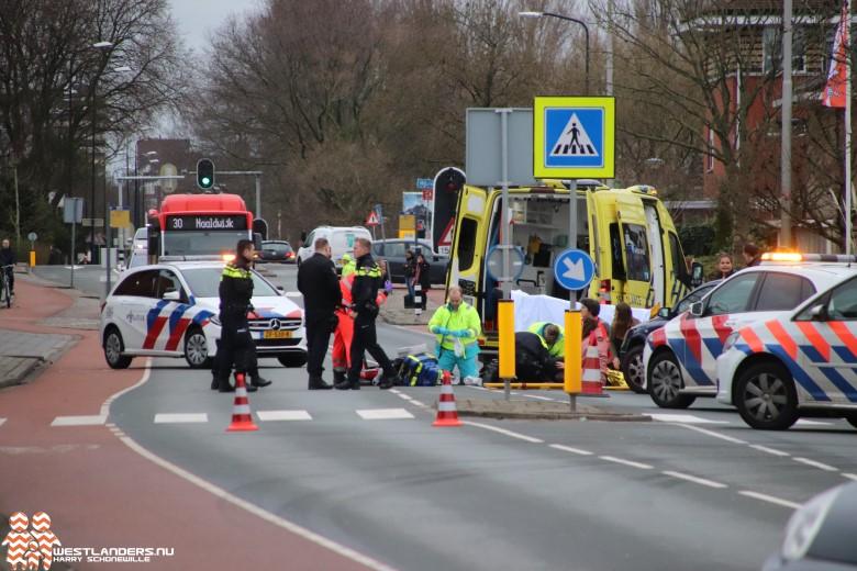 Scooterrijder zwaar gewond bij ongeluk Oosteinde