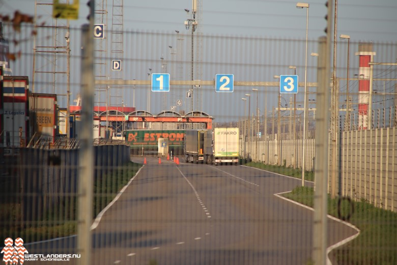 Albanezen betrapt op stapels eierdozen