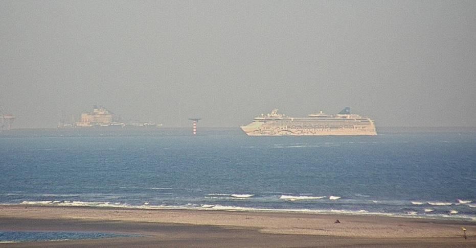 Cruiseschip voor repatriëring bemanning naar Rotterdam